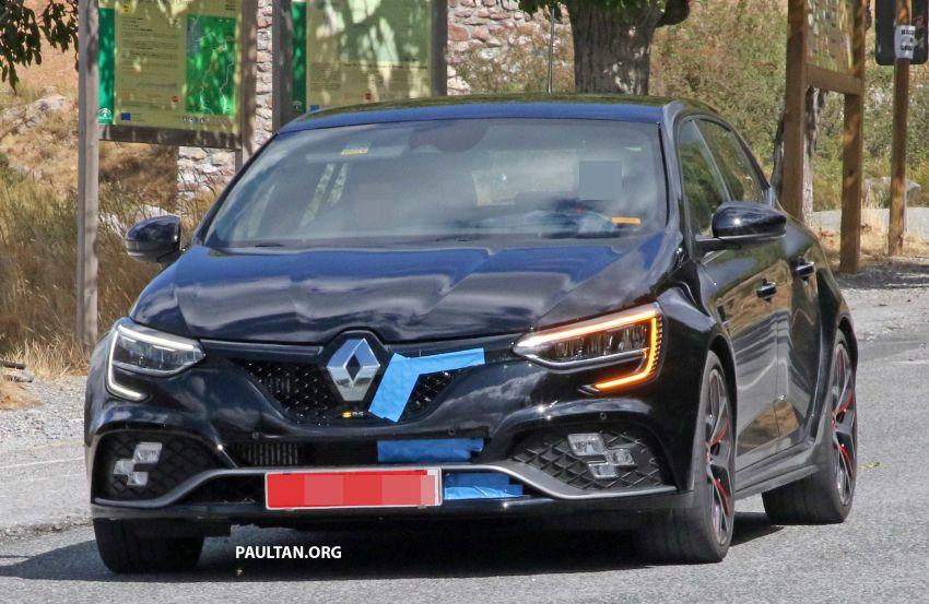 SPYSHOTS: Renault Megane RS Trophy facelift seen? Image #1027289