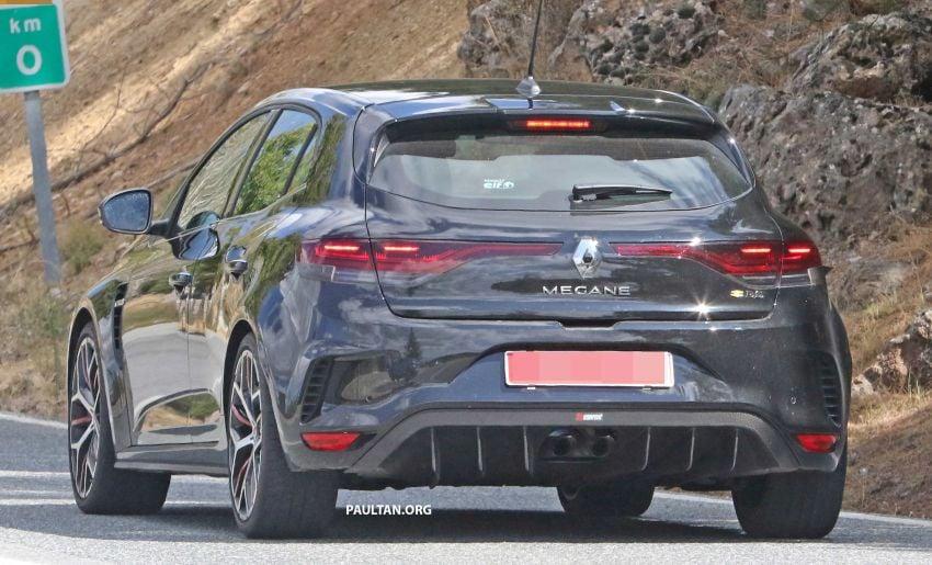 SPYSHOTS: Renault Megane RS Trophy facelift seen? Image #1027301