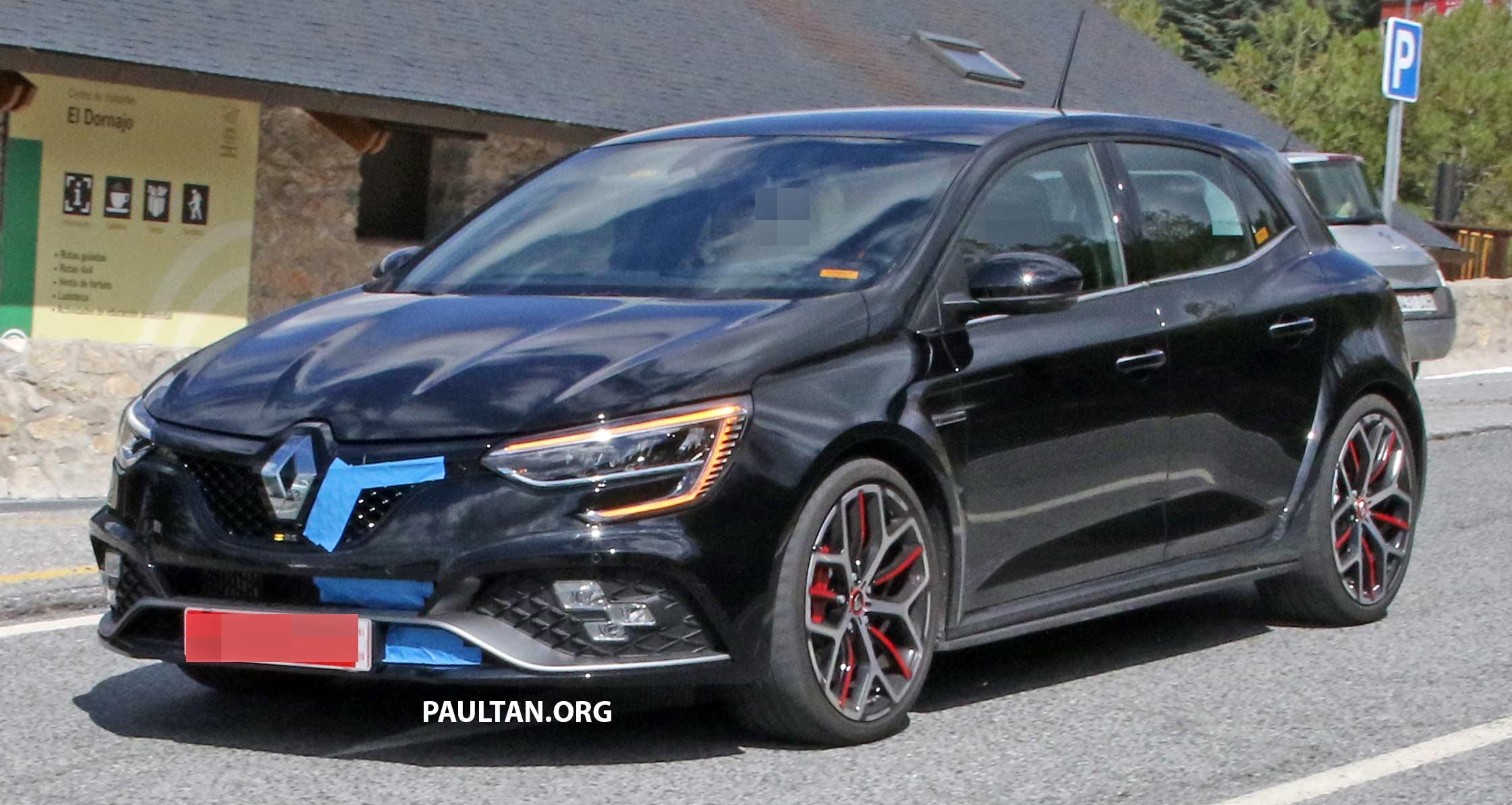 Spyshots Renault Megane Rs Trophy Facelift Seen Paultan Org
