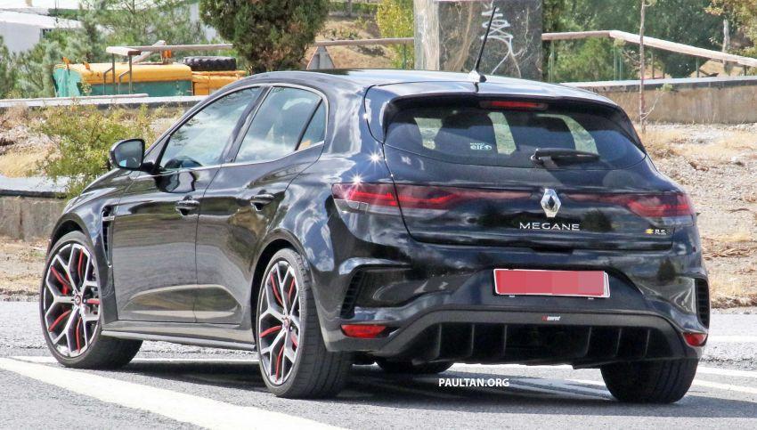 SPYSHOTS: Renault Megane RS Trophy facelift seen? Image #1027296
