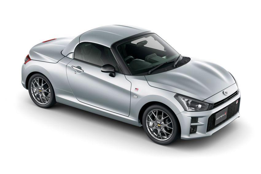 Toyota unveils production Copen GR Sport roadster Image #1030597