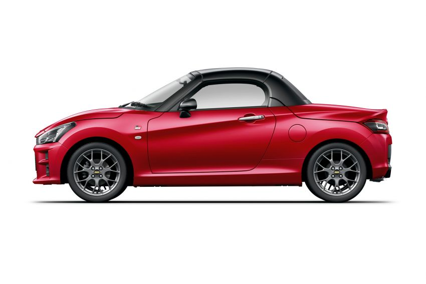 Toyota unveils production Copen GR Sport roadster Image #1030610