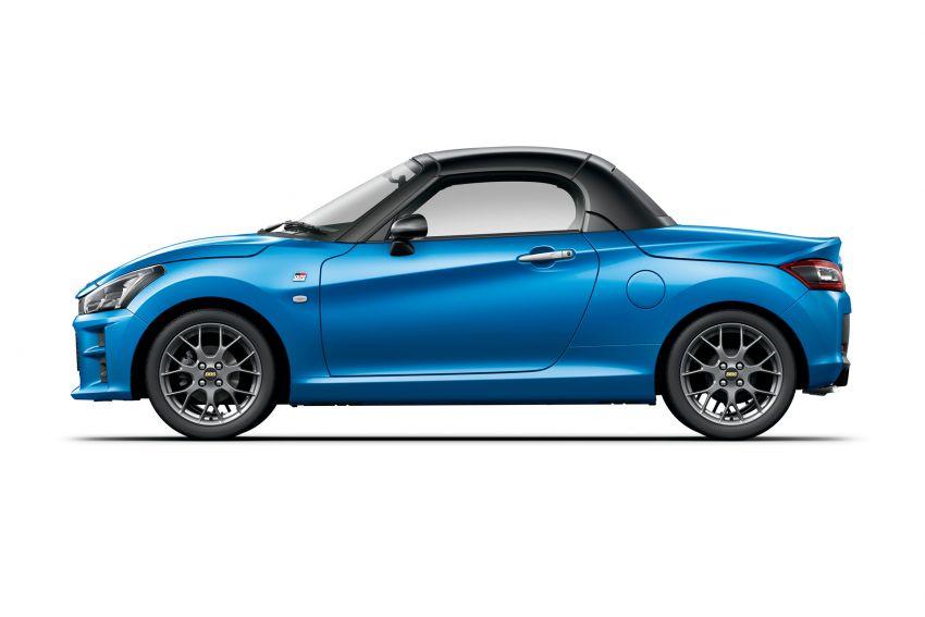 Toyota unveils production Copen GR Sport roadster Image #1030598