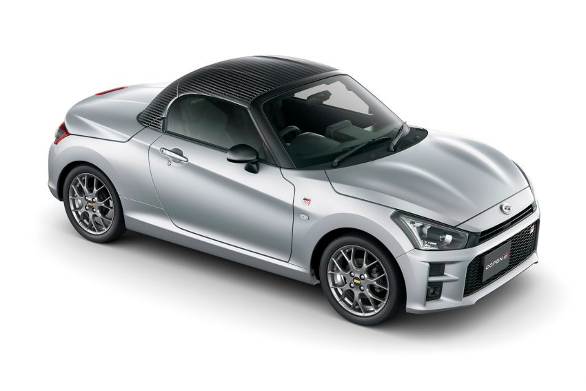 Toyota unveils production Copen GR Sport roadster Image #1030599