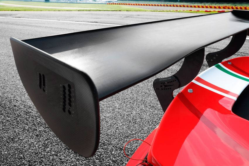 Ferrari 488 Challenge Evo and 488 GT3 Evo revealed Image #1037006