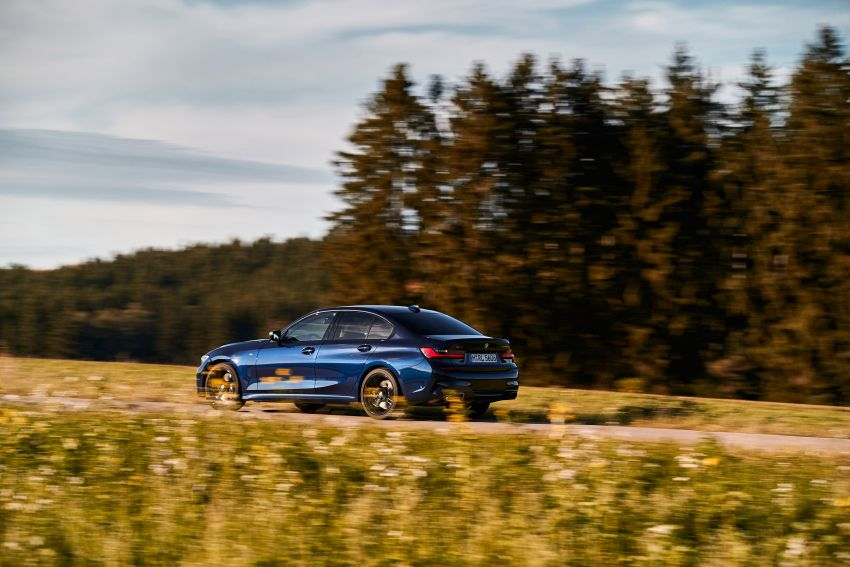 GALLERY: G21 BMW M340i xDrive Touring and G20 M340i xDrive Sedan – 369 hp, 0-100 km/h from 4.4s Image #1034782
