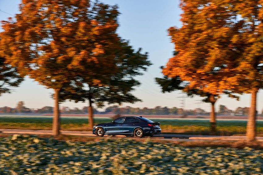 GALLERY: G21 BMW M340i xDrive Touring and G20 M340i xDrive Sedan – 369 hp, 0-100 km/h from 4.4s Image #1034785