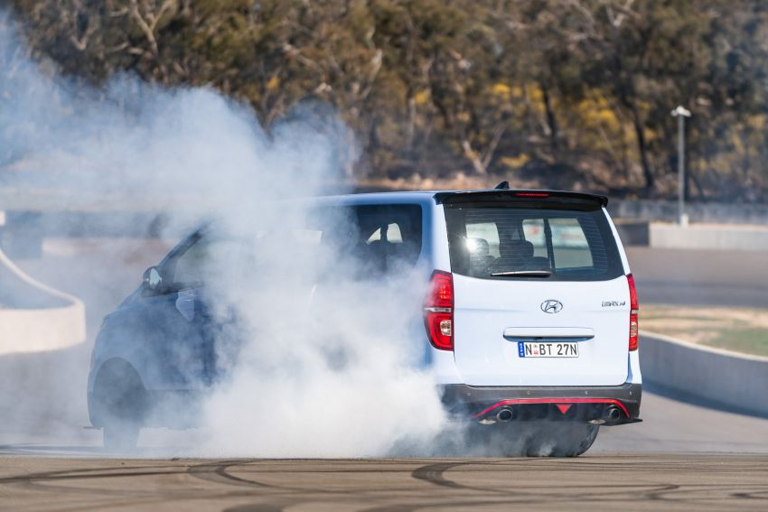 "Hyundai iMax N ""Drift Bus"" – 402 hp, 555 Nm, 8 seats Image #1032496"