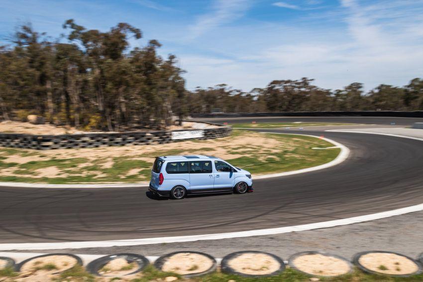 "Hyundai iMax N ""Drift Bus"" – 402 hp, 555 Nm, 8 seats Image #1032498"