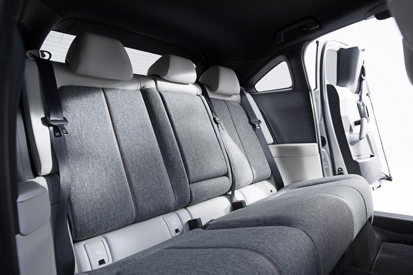 Tokyo 2019: Mazda MX-30 – brand's first EV debuts with 141 hp, 264 Nm, 209 km EV range, suicide doors! Image #1033830