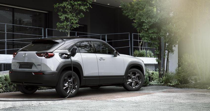 Tokyo 2019: Mazda MX-30 – brand's first EV debuts with 141 hp, 264 Nm, 209 km EV range, suicide doors! Image #1033837