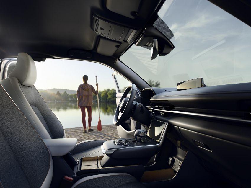 Tokyo 2019: Mazda MX-30 – brand's first EV debuts with 141 hp, 264 Nm, 209 km EV range, suicide doors! Image #1033839