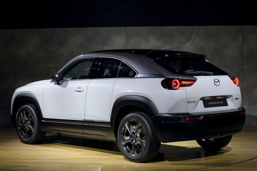 Tokyo 2019: Mazda MX-30 – brand's first EV debuts with 141 hp, 264 Nm, 209 km EV range, suicide doors! Image #1033844