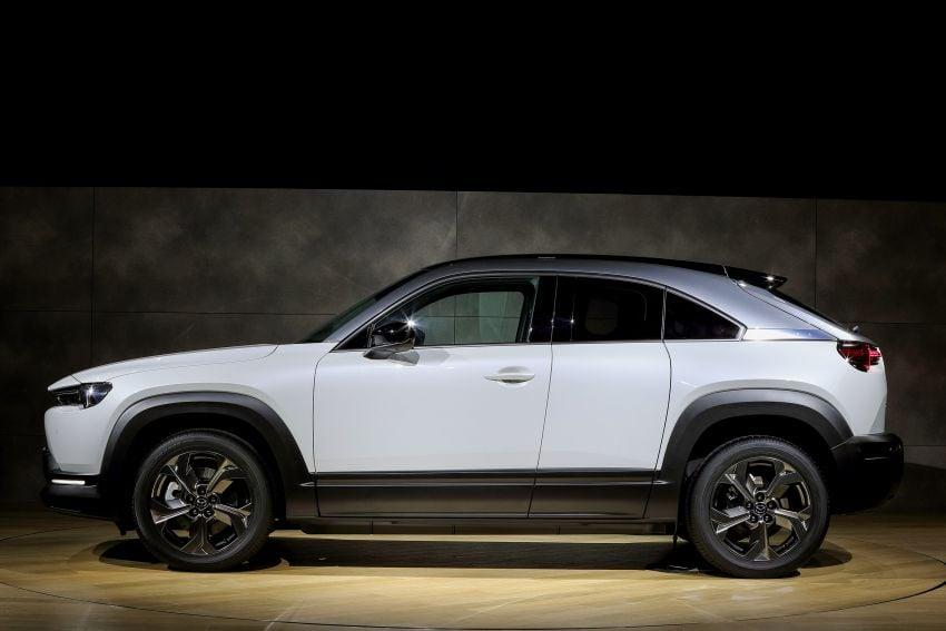 Tokyo 2019: Mazda MX-30 – brand's first EV debuts with 141 hp, 264 Nm, 209 km EV range, suicide doors! Image #1033847