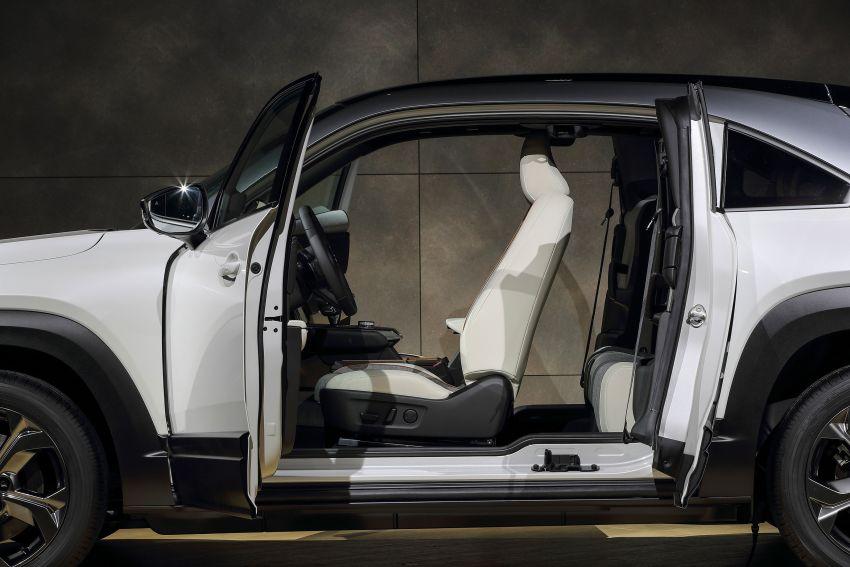Tokyo 2019: Mazda MX-30 – brand's first EV debuts with 141 hp, 264 Nm, 209 km EV range, suicide doors! Image #1033851