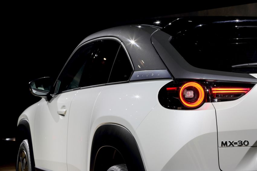 Tokyo 2019: Mazda MX-30 – brand's first EV debuts with 141 hp, 264 Nm, 209 km EV range, suicide doors! Image #1033854