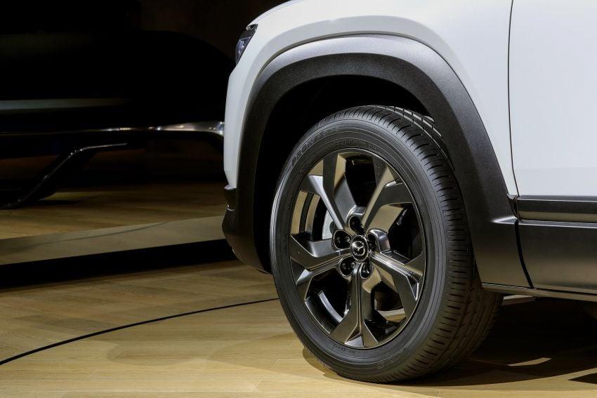 Tokyo 2019: Mazda MX-30 – brand's first EV debuts with 141 hp, 264 Nm, 209 km EV range, suicide doors! Image #1033856
