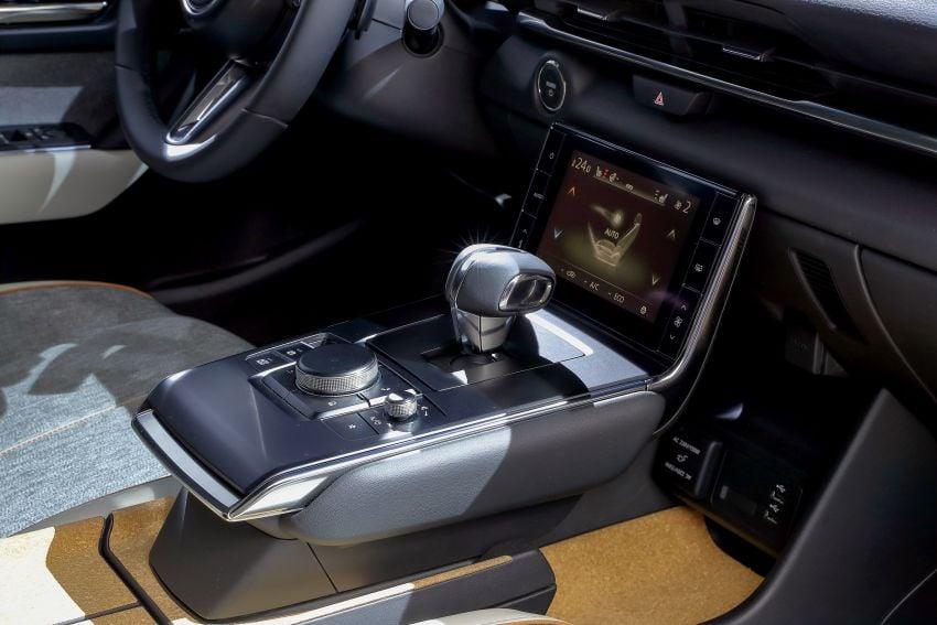 Tokyo 2019: Mazda MX-30 – brand's first EV debuts with 141 hp, 264 Nm, 209 km EV range, suicide doors! Image #1033861