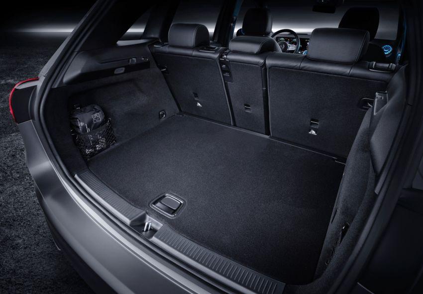 W247 Mercedes-Benz B200 Progressive Line – RM240k Image #1028151