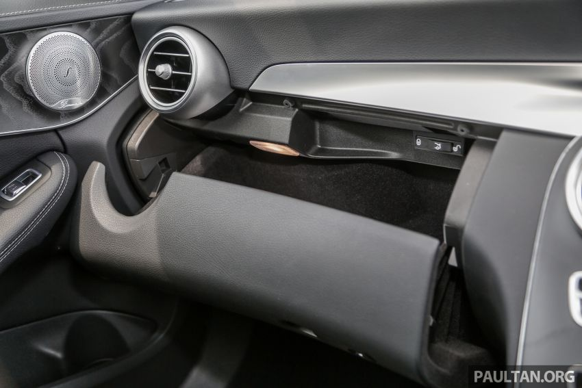 DRIVEN: W205 Mercedes-Benz C300 AMG Line facelift Image #1031337