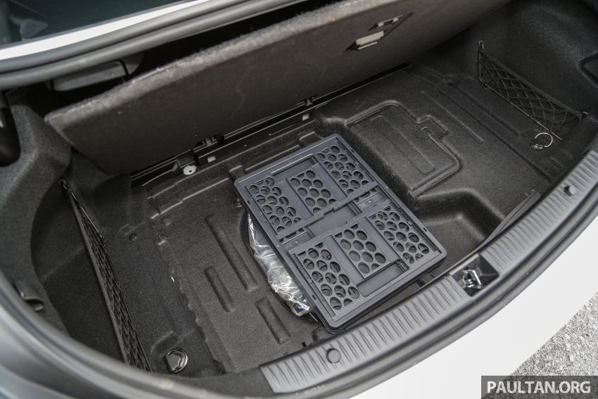 DRIVEN: W205 Mercedes-Benz C300 AMG Line facelift Image #1031359