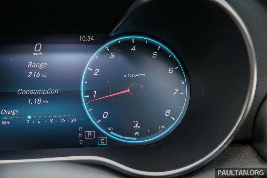 DRIVEN: W205 Mercedes-Benz C300 AMG Line facelift Image #1031317