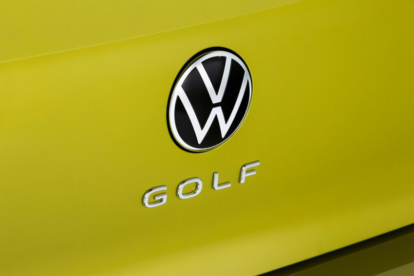 Volkswagen Golf Mk8 officially debuts – redesigned inside and out, new technologies, mild hybrid engines Image #1035506