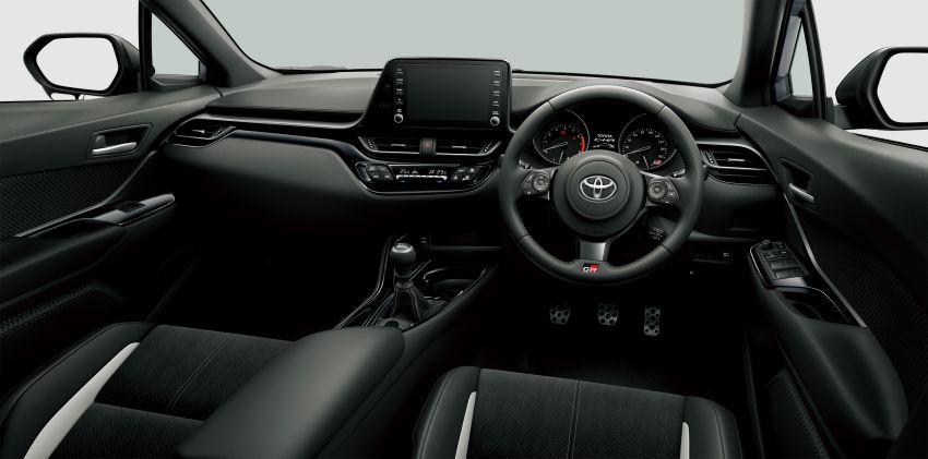 Toyota C-HR facelift gets manual, GR Sport in Japan Image #1032423