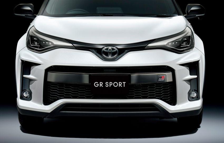 Toyota C-HR facelift gets manual, GR Sport in Japan Image #1032425