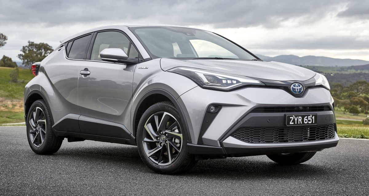 Toyota C-HR Facelift Debuts