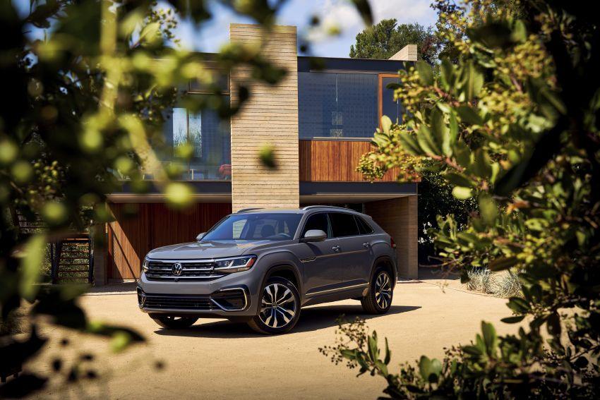 """Volkswagen Atlas Cross Sport – another SUV """"coupé"""" Image #1029902"""