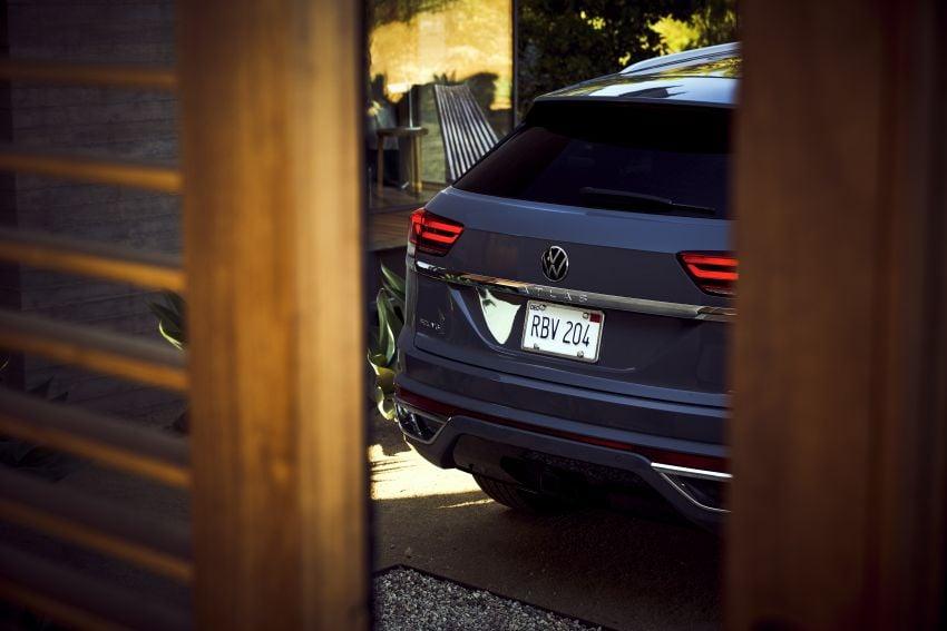 """Volkswagen Atlas Cross Sport – another SUV """"coupé"""" Image #1029872"""