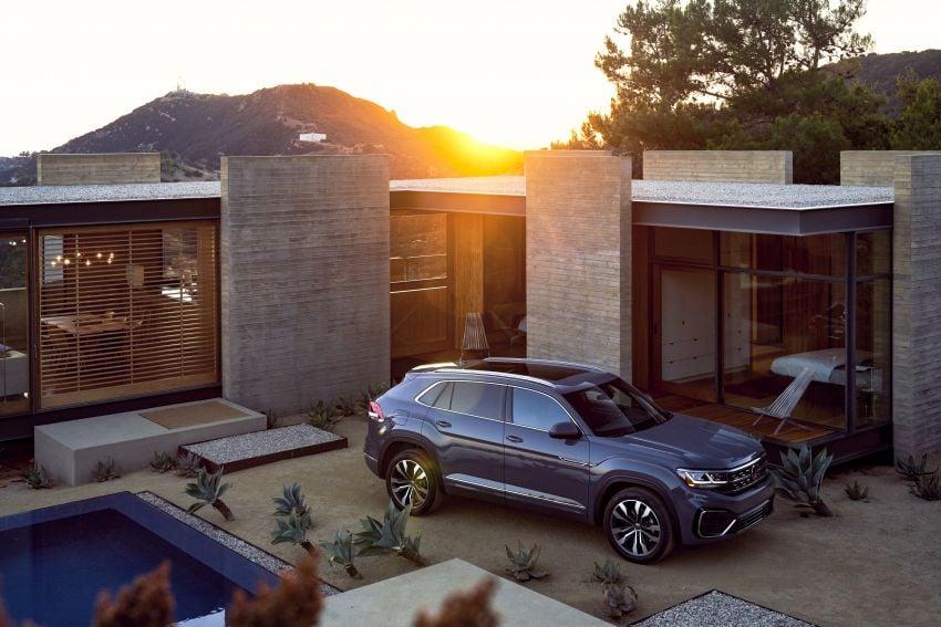 """Volkswagen Atlas Cross Sport – another SUV """"coupé"""" Image #1029905"""