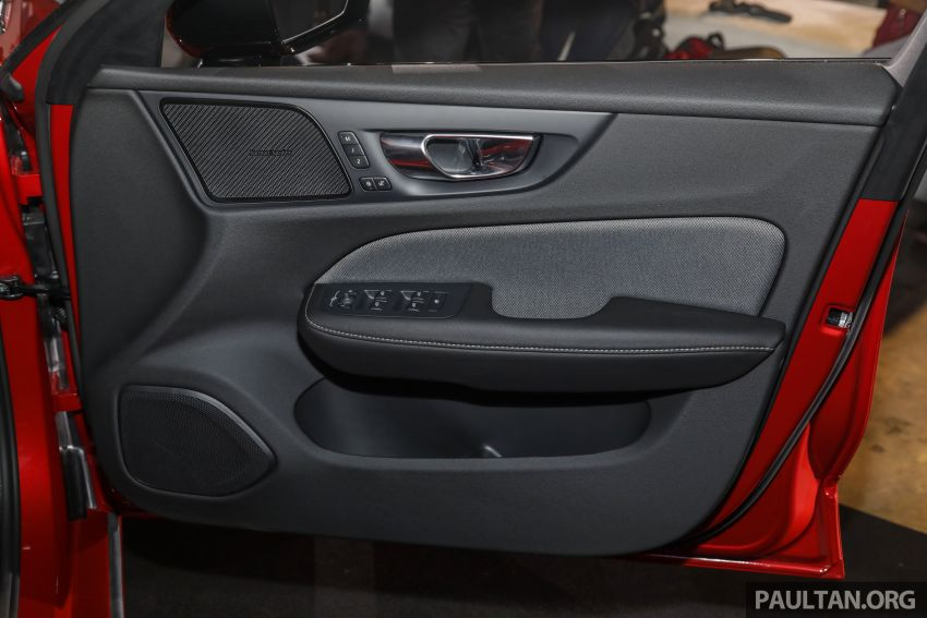 2019 Volvo S60 T8 R-Design launched in Malaysia – 2.0L PHEV, 407 hp, 640 Nm, 0-100 km/h in 4.4s, RM296k Image #1035263
