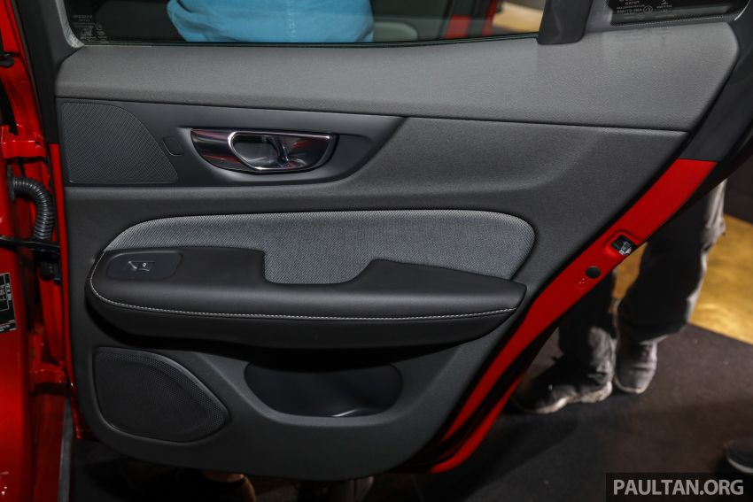 2019 Volvo S60 T8 R-Design launched in Malaysia – 2.0L PHEV, 407 hp, 640 Nm, 0-100 km/h in 4.4s, RM296k Image #1035270
