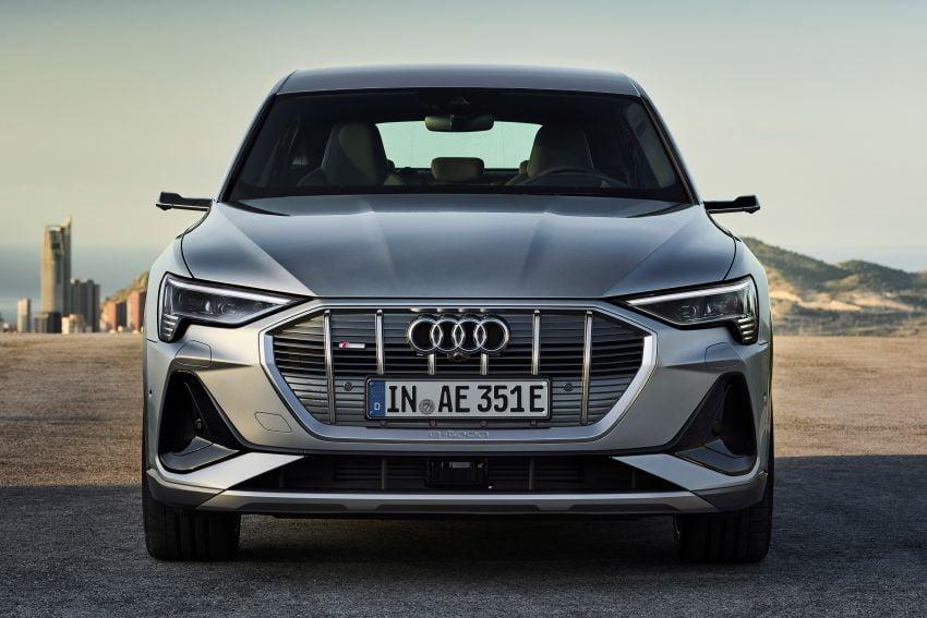 2020 Audi e-tron Sportback – sleek SUV coupe debuts with 355 hp, 561 Nm; 0-100 km/h in 6.6s, 446 km range Image #1048526