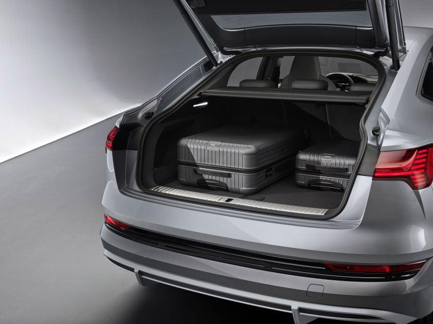 2020 Audi e-tron Sportback – sleek SUV coupe debuts with 355 hp, 561 Nm; 0-100 km/h in 6.6s, 446 km range Image #1048563