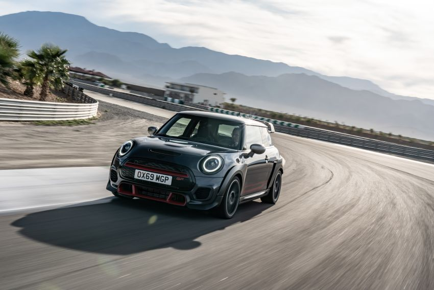 2020 MINI John Cooper Works GP: 306 hp, 450 Nm, 0-100 km/h in 5.2s, 265 km/h Vmax – 3,000 units only! Image #1047924