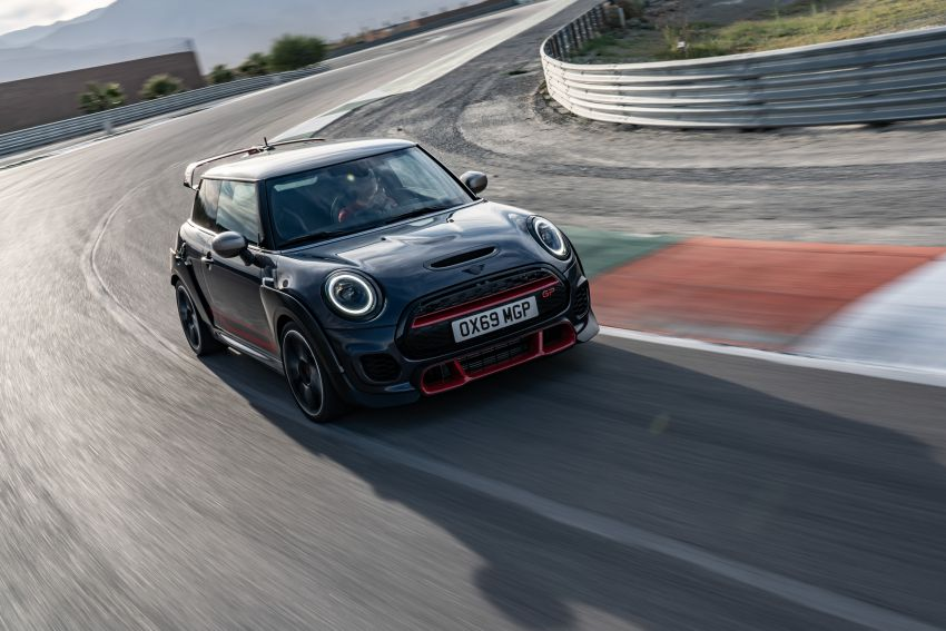 2020 MINI John Cooper Works GP: 306 hp, 450 Nm, 0-100 km/h in 5.2s, 265 km/h Vmax – 3,000 units only! Image #1047960