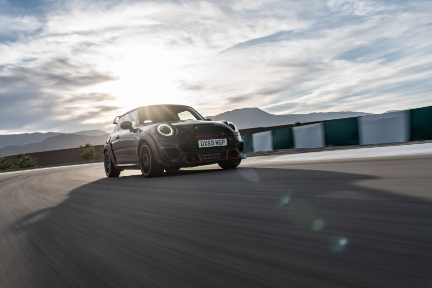 2020 MINI John Cooper Works GP: 306 hp, 450 Nm, 0-100 km/h in 5.2s, 265 km/h Vmax – 3,000 units only! Image #1047967