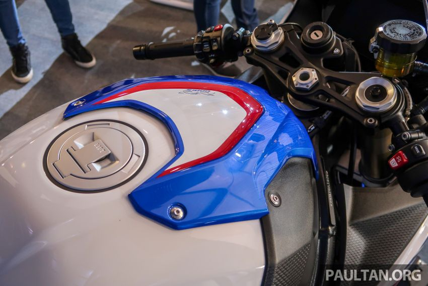 2020 BMW Motorrad S 1000 RR with M Sport Package now in Malaysia – RM138,500, carbon-fibre wheels Image #1039369