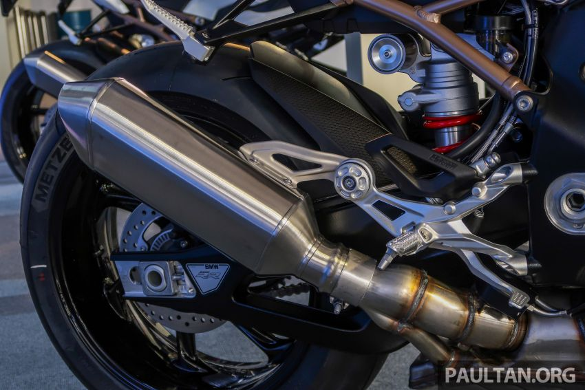 2020 BMW Motorrad S 1000 RR with M Sport Package now in Malaysia – RM138,500, carbon-fibre wheels Image #1039377