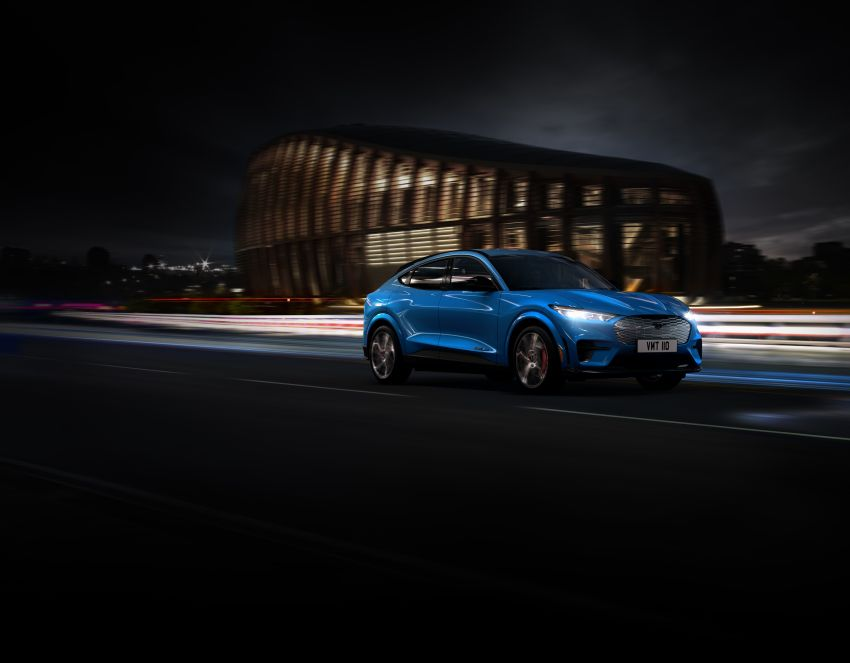 Ford Mustang Mach-E revealed – electric SUV with up to 439 hp, 839 Nm, 0-100 km/h 3.5 secs, 600 km range Image #1046833