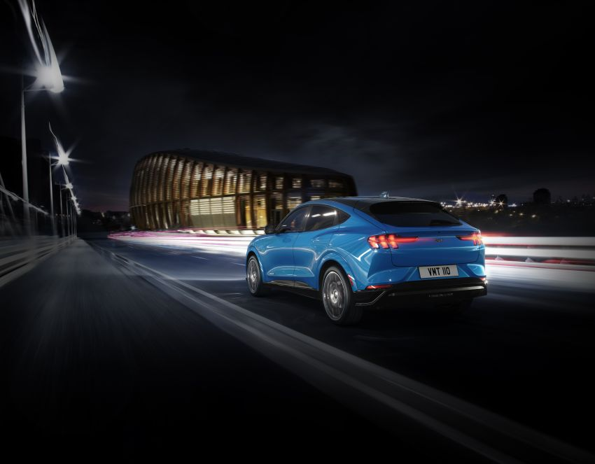 Ford Mustang Mach-E revealed – electric SUV with up to 439 hp, 839 Nm, 0-100 km/h 3.5 secs, 600 km range Image #1046834