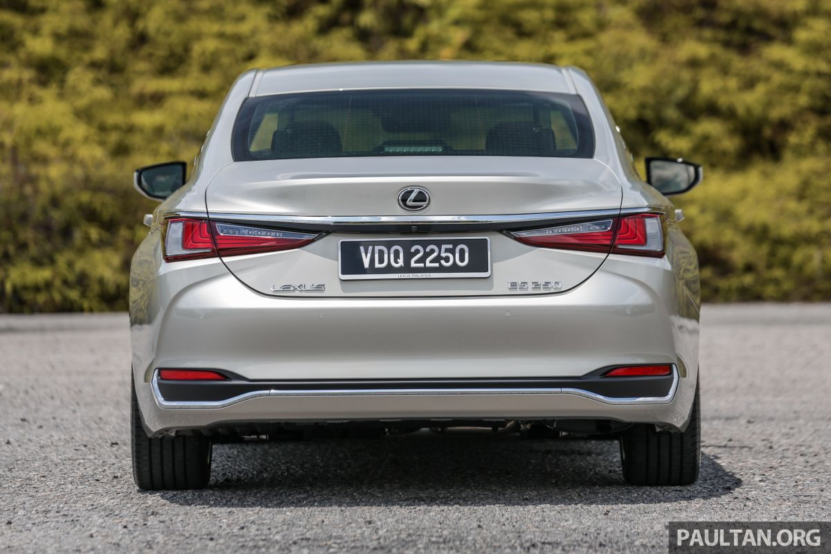 FIRST DRIVE: 2019 Lexus ES 250 Luxury - RM333k Paul Tan ...