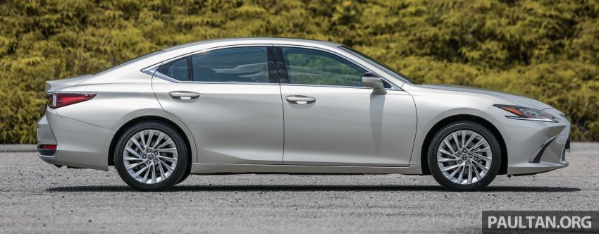 FIRST DRIVE: 2019 Lexus ES 250 Luxury – RM333k Image #1038363