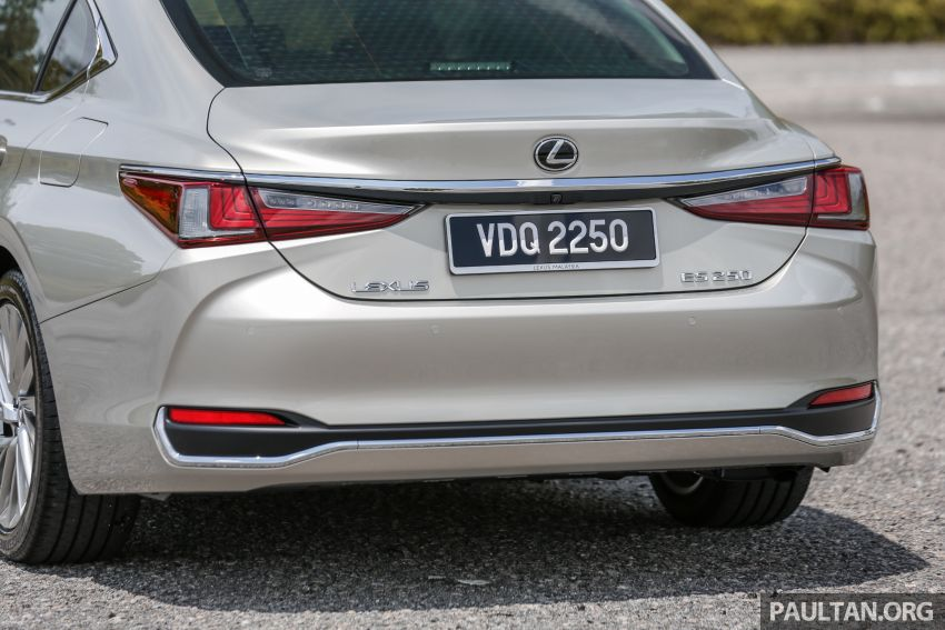 FIRST DRIVE: 2019 Lexus ES 250 Luxury – RM333k Image #1038378