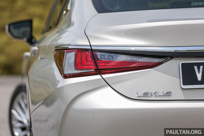 FIRST DRIVE: 2019 Lexus ES 250 Luxury – RM333k Image #1038379