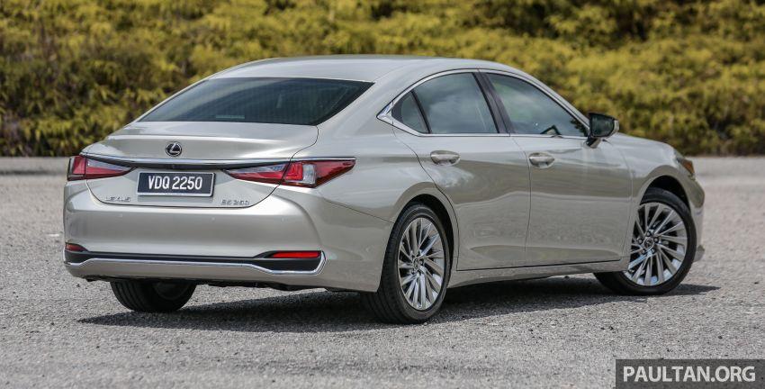 FIRST DRIVE: 2019 Lexus ES 250 Luxury – RM333k Image #1038354