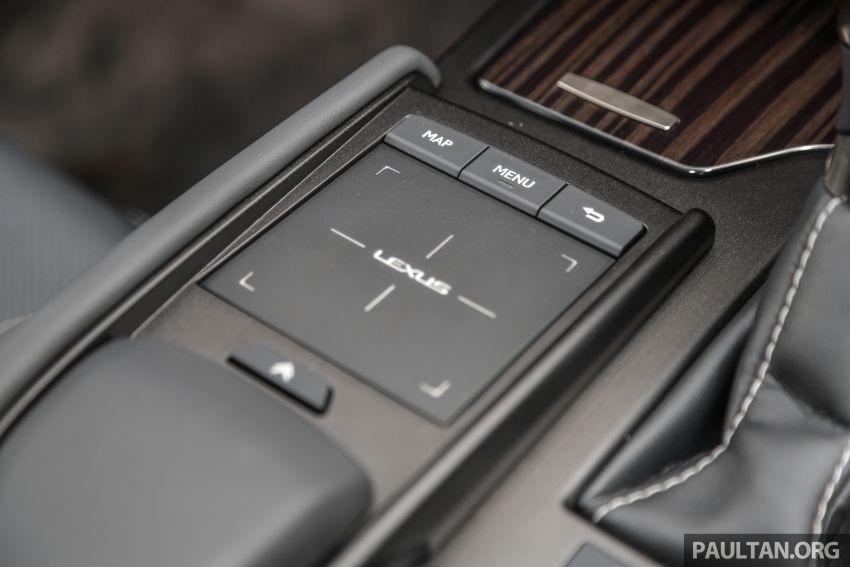 FIRST DRIVE: 2019 Lexus ES 250 Luxury – RM333k Image #1038405